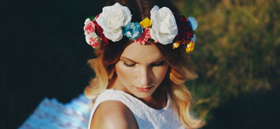 Easy Steps to Make DIY Flower Accessories for Hair